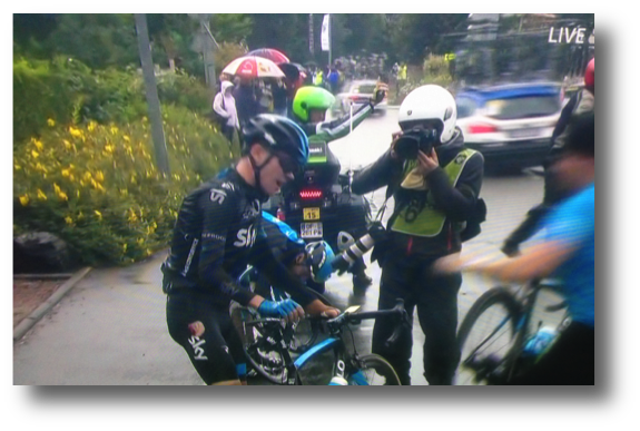 Chris Froome out