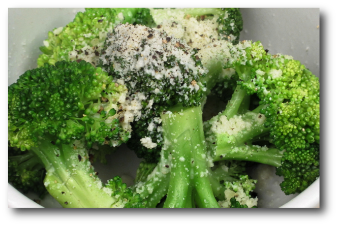 Microwave Cooking Broccoli: Best For Flavor & Health Benefits - In